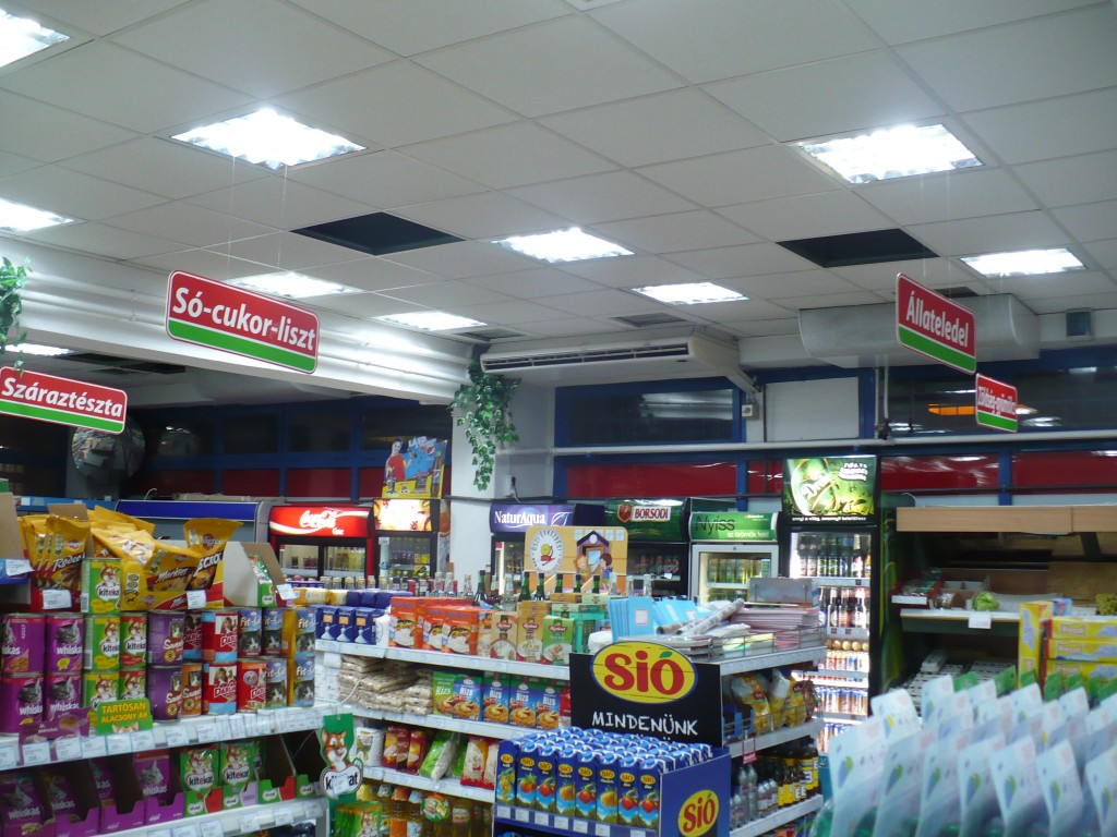 Hajdú Coop food store - DML Hungary Ltd. induction lighting